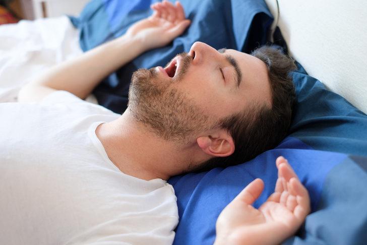 Uyku apnesi belirtilerinde bu sinyallere dikkat!