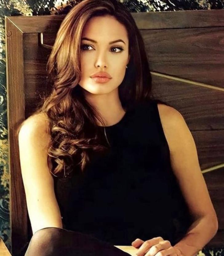 Angelina Jolie'nin yeni filmi Those Who Wish Me Dead'den ilk kareler beğeni topladı