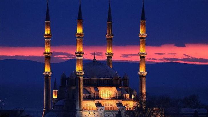 İstanbul'da iftara ne kadar kaldı? 14 Nisan İstanbul iftar vakti, imsak ve sahur saatleri
