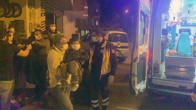 Adıyaman'da devrilen motosikletteki anne ve 2 çocuğu yaralandı