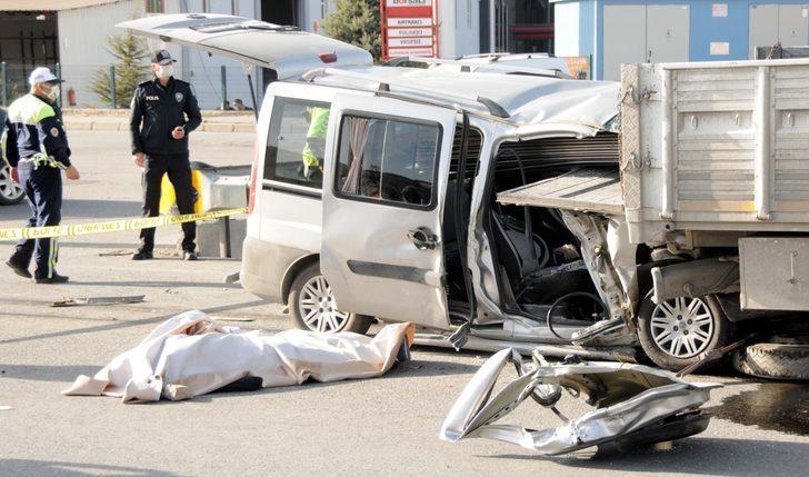 Kayseri'de korkunç kaza: 2 kişi hayatını kaybetti