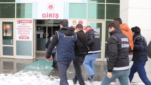 Karaman merkezli uyuşturucu operasyonunda yakalanan 35 şüpheliden 7'si tutuklandı
