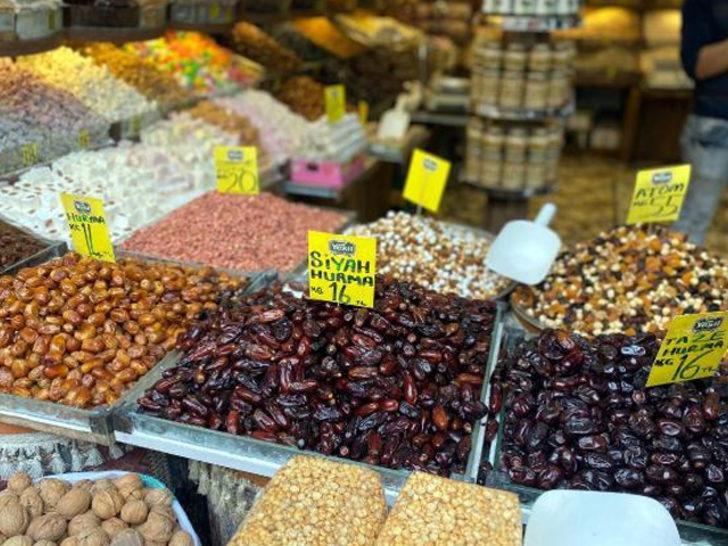 Ramazan öncesi hurma satışları arttı! En pahalısı 80 TL