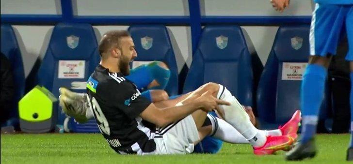 Beşiktaş'ta Cenk Tosun sakatlandı
