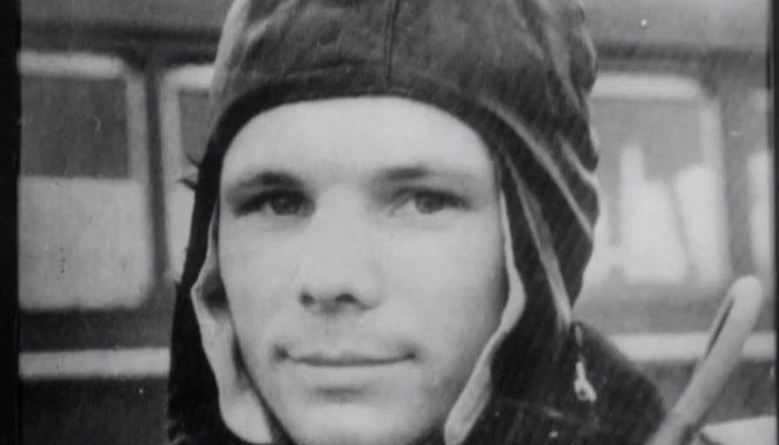 Yuri Gagarin kimdir? İşte tarihteki önemi... thumbnail