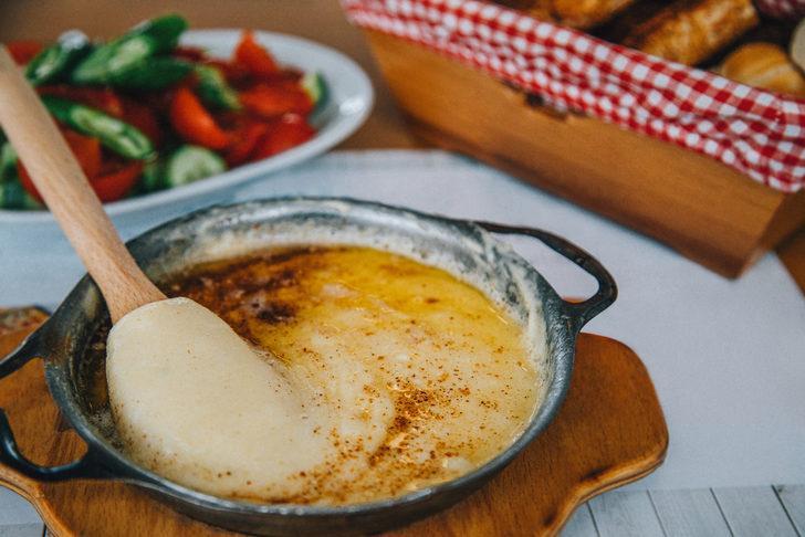 Karadeniz mutfağının eşsiz lezzeti muhlama artık tescilli!