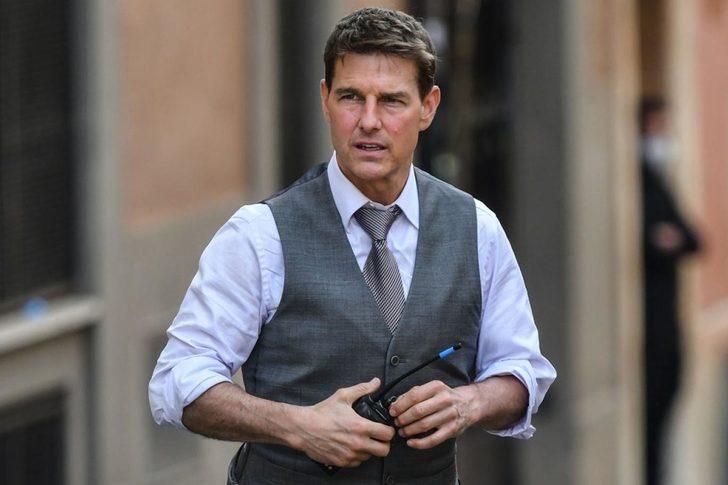 Tom Cruise'in başrolünü oynadığı 'Top Gun: Maverik' filminden hayranlarını üzecek haber geldi