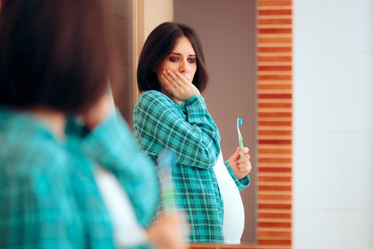 Diş eti sağlığı hamilelik sürecini nasıl etkiliyor?