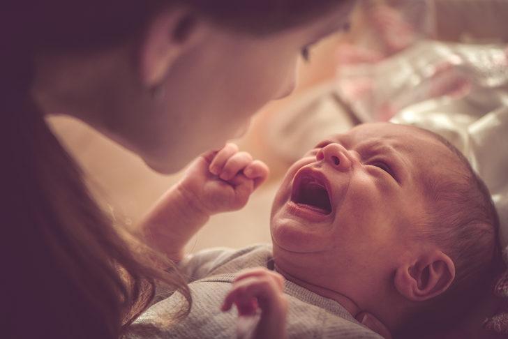 Bebeklerde aşırı ağlama: İnfantil kolik nedir? İnfantil koliği neler tetikler?