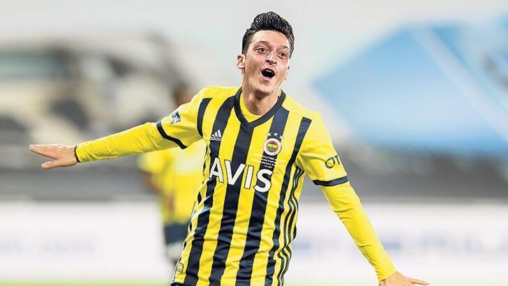 Mesut Özil Meksika'dan Necaxa kulübünü satın aldı