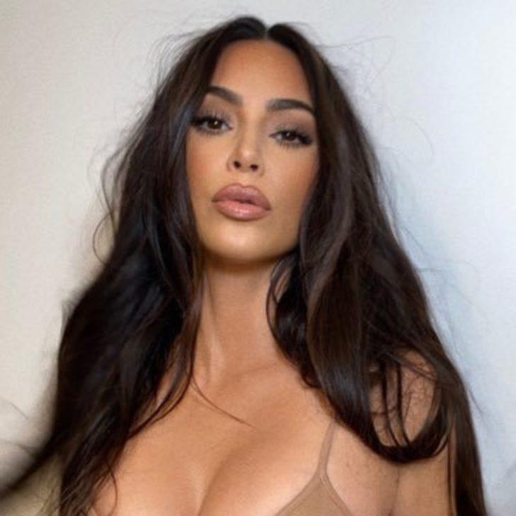 Kourtney Kardashian, kardeşi Kim Kardashian'ın bitmeyen tatilinden paylaştı