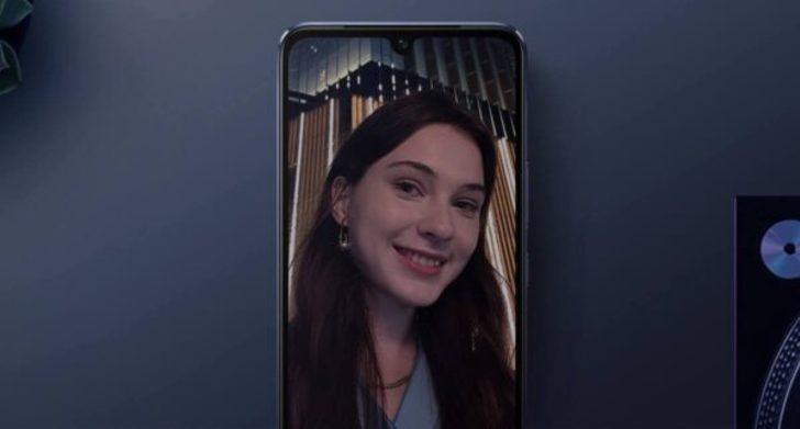 Vivo yakında yeni bir cep telefonu piyasaya sürecek
