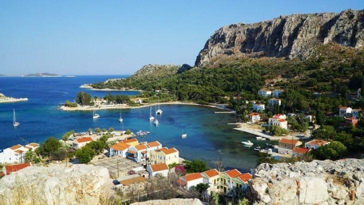 Yunanistan sakinlerine aşı yapıp adaları turizme açıyor!