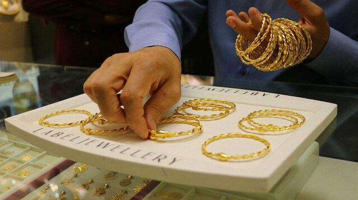 7 Ekim 22 ayar altın bilezik fiyatları ne kadar oldu? 7 Ekim 2021 Perşembe 14,18 ve 22 ayar bilezik ve altın fiyatları...
