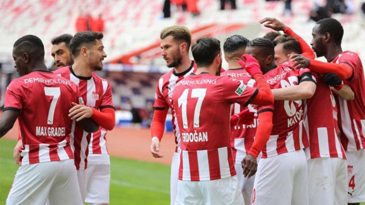 Sivasspor'da hedef yenilmezlik rekoru