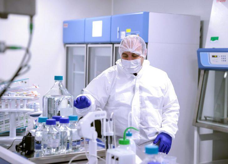 Bakan Varank, VLP temelli aşının insan klinik denemelerinin Faz 1 aşamasına gönüllü oldu