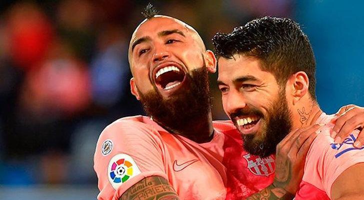 Galatasaray Vidal ile görüşmelere başladı