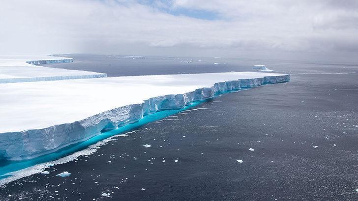 Dünyanın en büyük buz dağı A68 'artık yok'