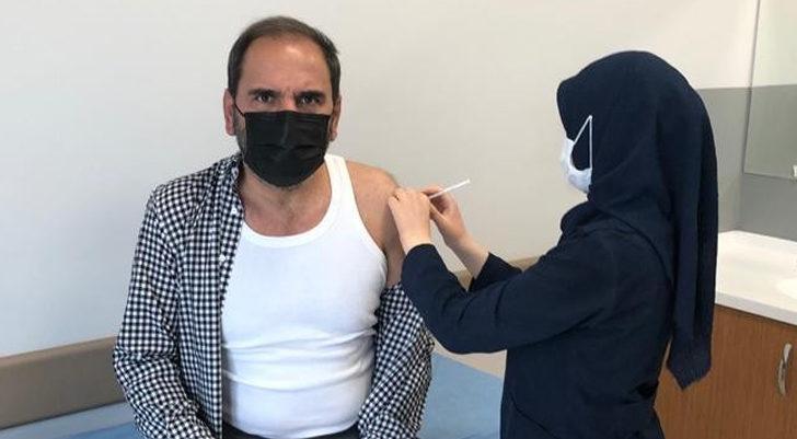 Mecnun Otyakmaz, koronavirüs aşısı oldu