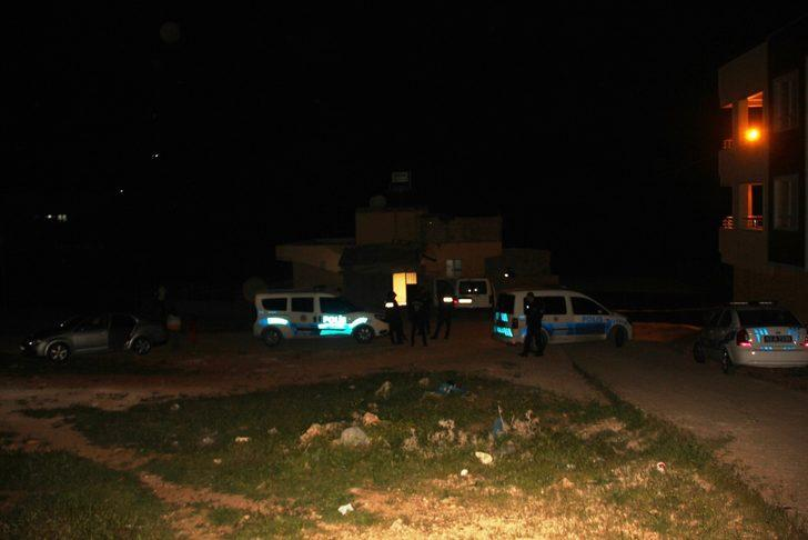 Şanlıurfa'da dehşet! Yol verme kavgası silahlı çatışmaya dönüştü: 2 ölü, 9 yaralı