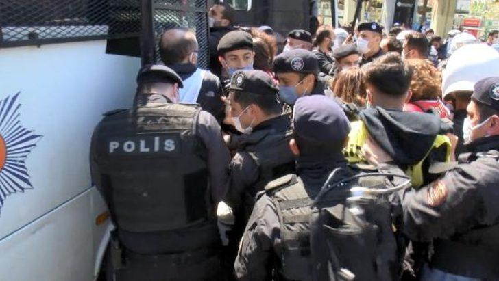 Bakırköy'de 1 Mayıs açıklaması için toplanan gruba polis müdahalesi