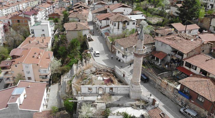 Horuç Camii minaresi, yıllara meydan okumaya devam ediyor