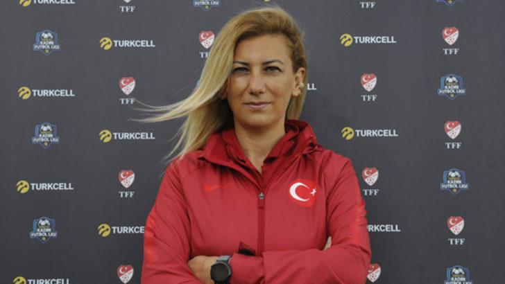 Necla Güngör Kıragası: Kadın futbolu yükselen bir değer