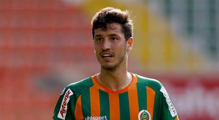 Salih Uçan, Trabzonspor ile anlaşmaya vardı
