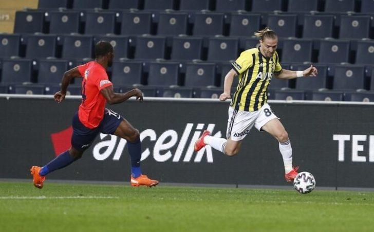 Fenerbahçe'de Caner Erkin zirveye yerleşti