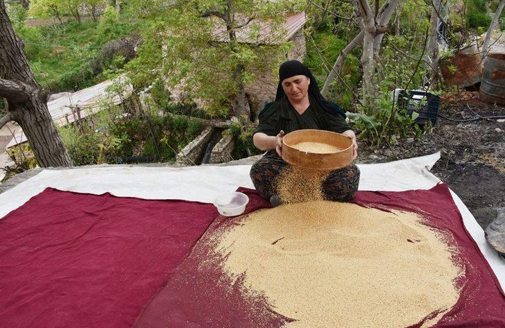 Çukurca'da tarihi değirmende üretilen tahininin ünü sınırları aştı