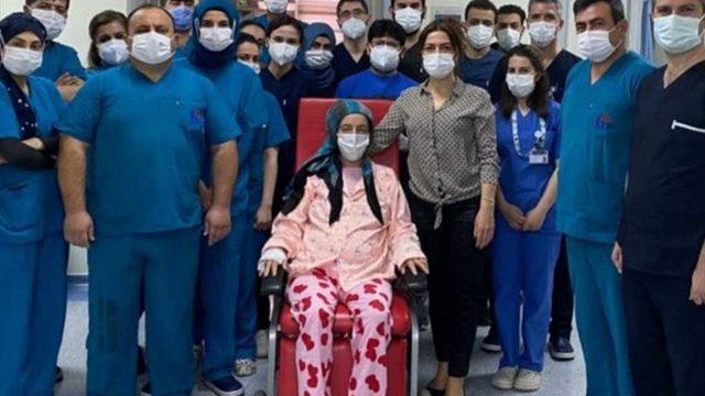 Gaziantep'te Kovid-19 hastası hamile kadın 32 günlük yaşam mücadelesini kazandı