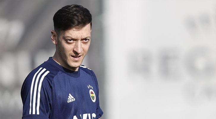 Fenerbahçe, Alanyaspor maçının hazırlıklarını Antalya'da sürdürdü