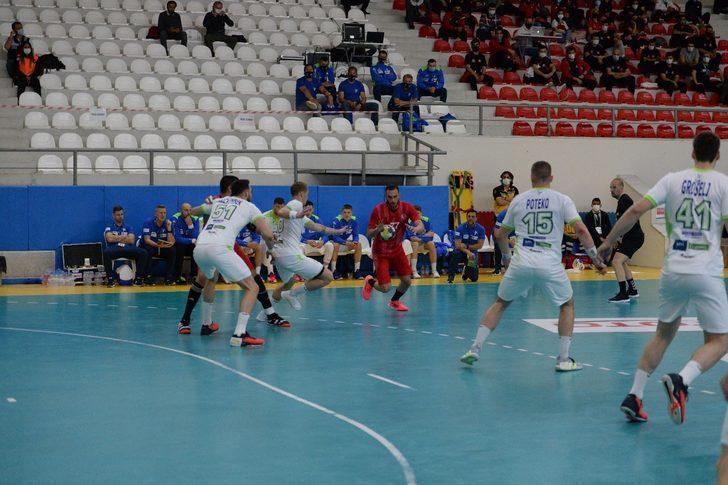 Hentbol Milli Takımı, Slovenya'ya 22-30 yenildi