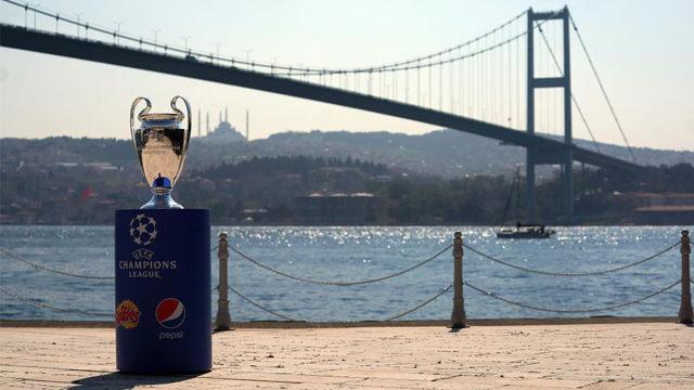 UEFA'dan İstanbul için seyirci kararı
