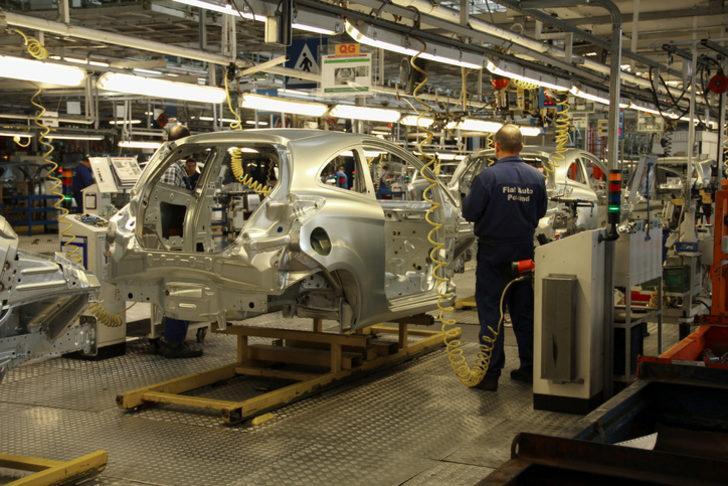Ford, Almanya'da üretim durdurdu