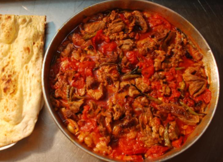 Kırıkkale'nin yöresel lezzeti 'keskin tava' iftar sofralarına lezzet katıyor