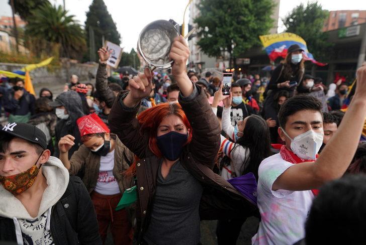 Kolombiya'da vergi reformu karşıtı gösterilerde ölü sayısı 19'a yükseldi