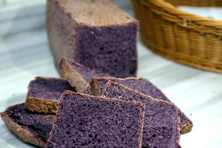 Mor ekmek nasıl yapılır? Mor ekmek malzemeleri ve hazırlanışı...