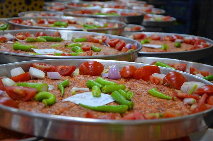 Osmanlı'dan miras lezzet Kilis tava iftar sofralarının vazgeçilmezi oldu