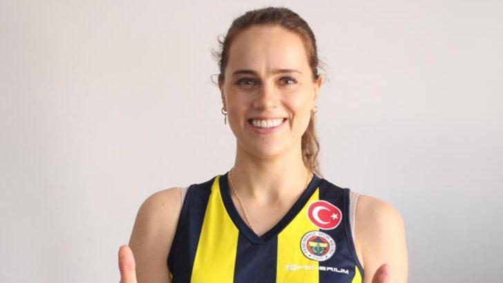 Fenerbahçe Opet'te Kelsey Robinson ile yollar ayrıldı