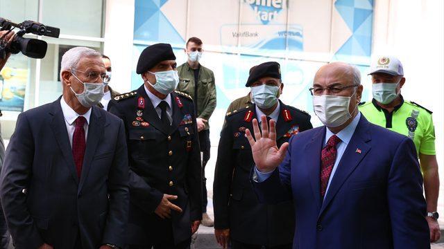 İzmir Valisi Köşger, tam kapanma sonrası kentteki vaka sayılarını değerlendirdi: