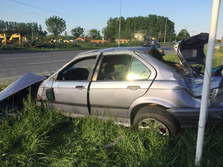 Samsun'da otomobil hafif ticari araçla çarpıştı: 3 yaralı
