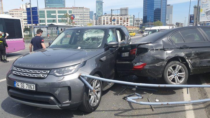Beşiktaş'ta korkutan kaza! 4 kişi yaralandı, 11 araç hasar gördü