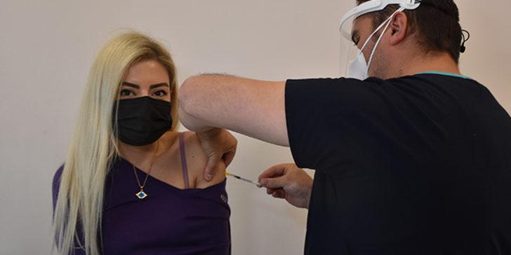 Edirne Valisi Canalp'ten 'birincilik' açıklaması: Köy köy dolaşıp aşı yaptık