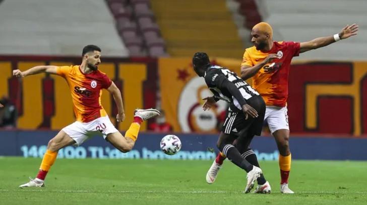 GS-BJK maçındaki penaltı doğru mu? Galatasaray Beşiktaş maçında Donk'un Atiba'ya yaptığı hareket penaltı mı?
