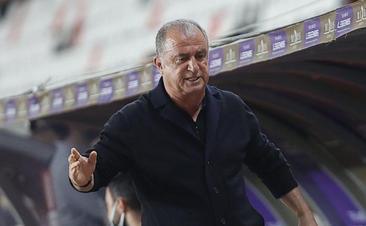 """Fatih Terim: """"Bunca sıkıntıya rağmen Galatasaray hala en iyi yerlerde"""""""