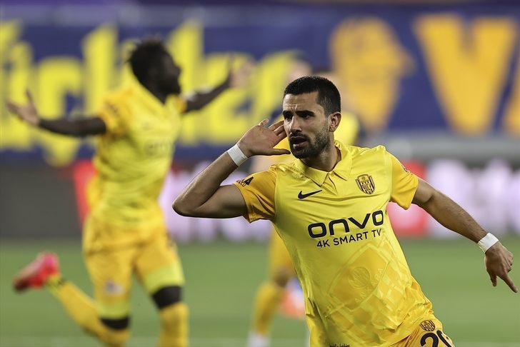 Alper Potuk'un Fenerbahçe'ye attığı gol sonrası sevinci olay oldu!