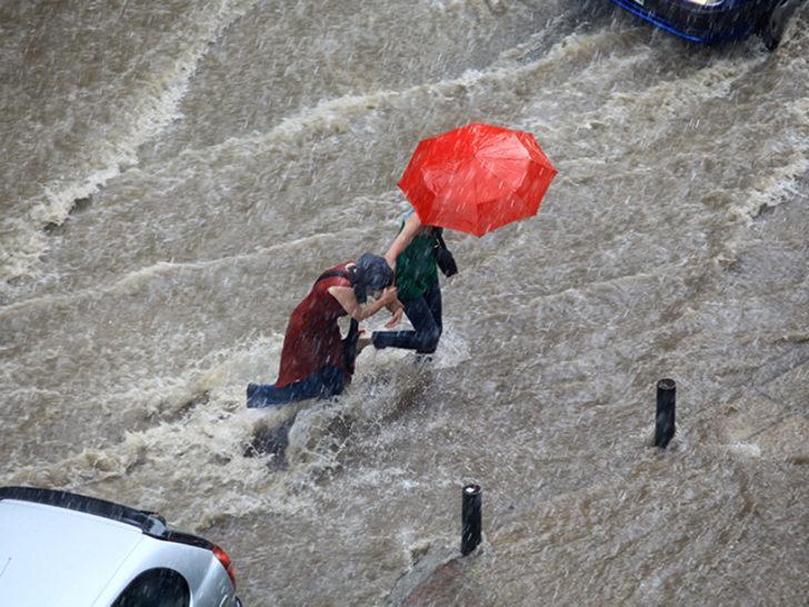Meteoroloji'den Doğu Karadeniz için sel uyarısı! Bu bölgelerde yaşayanlar dikkat (9 Mayıs yurtta hava durumu)