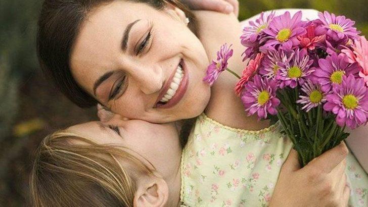 En güzel Anneler Günü mesajları   Anneler Günü şiiri ve kısa, uzun, anlamlı, duygusal mesajları, sözleri...