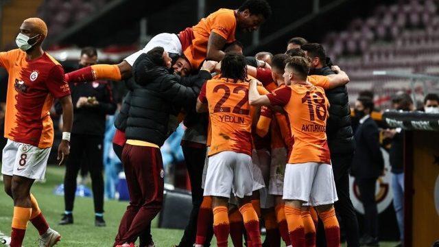 G.Saray'dan Beşiktaş'a büyük üstünlük